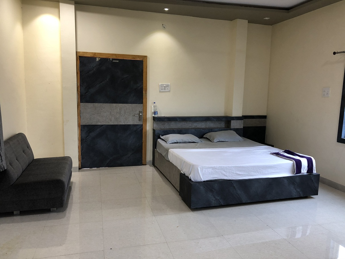 relax your stay in this luxury rooms at satyadhar yogalife ashram