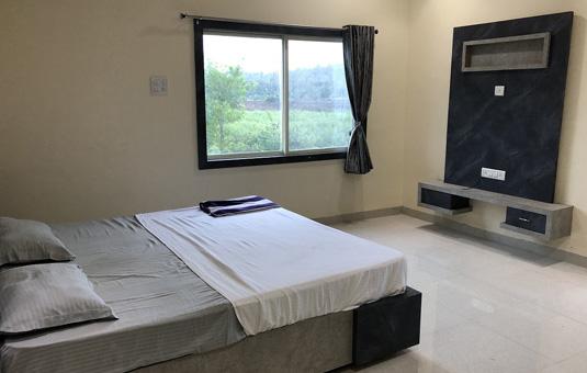 yogalife ashram room